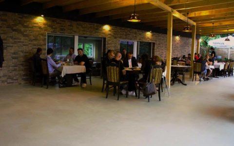 location-aussenbereich-taverne-tuebingen-steakhouse27-2